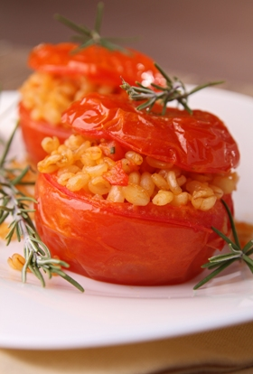 עגבניות ממולאות